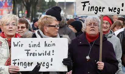 g-frauen-demo-freiwild