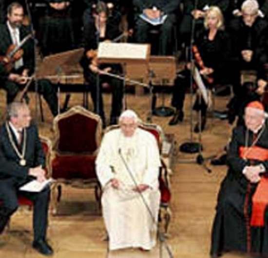 Benedikt XVI im auditorium maximum Uni Regensburg, Sept2006